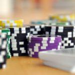 ノーブルマンりーくんの仕事は何?ポーカープレイヤーになる方法と年収は?